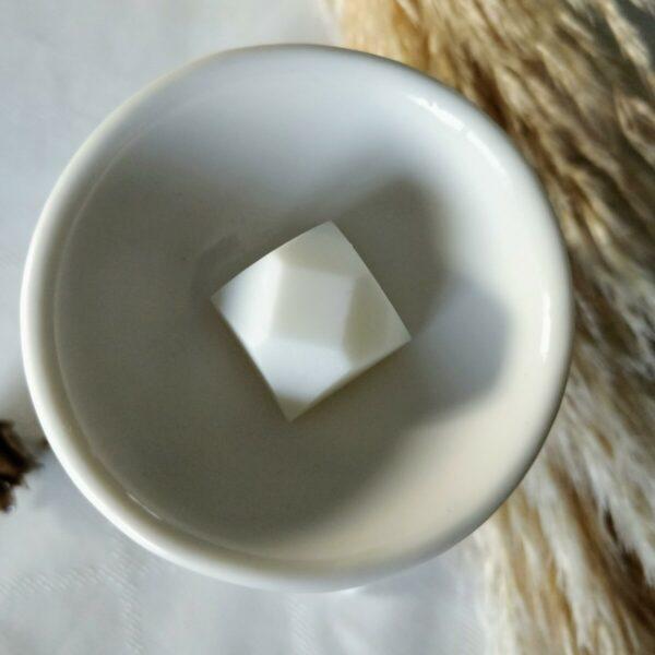 Fondant Diamant dans la coupelle du brûle-parfum